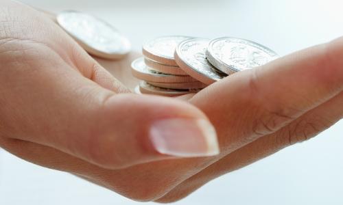 particuliere-leningen-aanvragen-hand